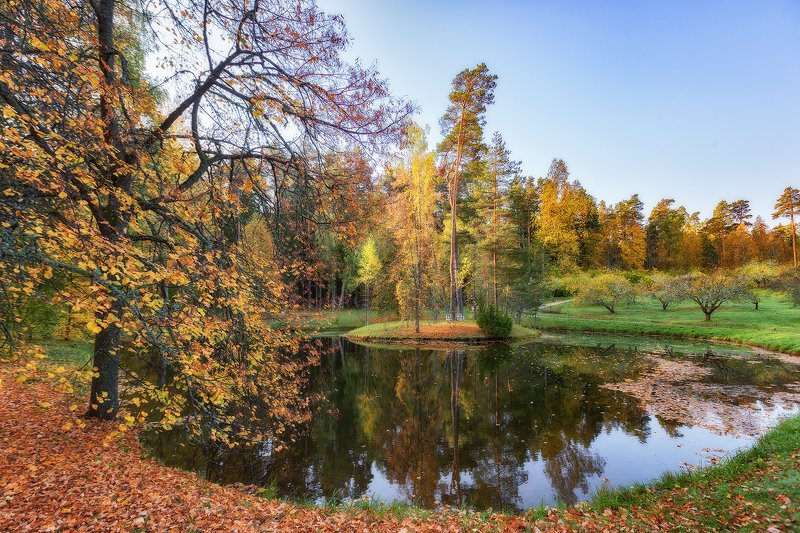 михайловское, пушкинские горы, осень Село Михайловскоеphoto preview