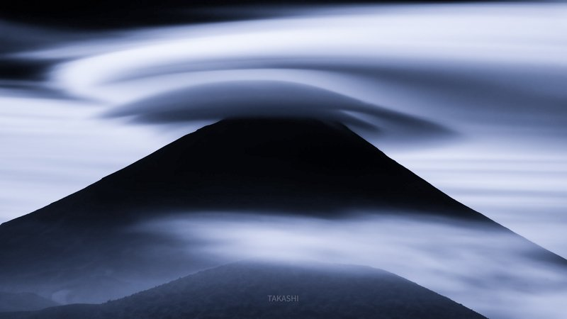 Fuji,Japan,mountain,clouds,amazing,fantastic, Mysterious The world seen by aliensphoto preview