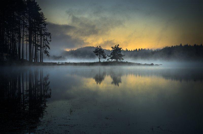 landscape, nature, scenery, lake, wood, light, sunlight, morning, sunrise, reflections, mountain, rhodopi, bulgaria, туман, озеро, утро Early morning time / Рано утромphoto preview