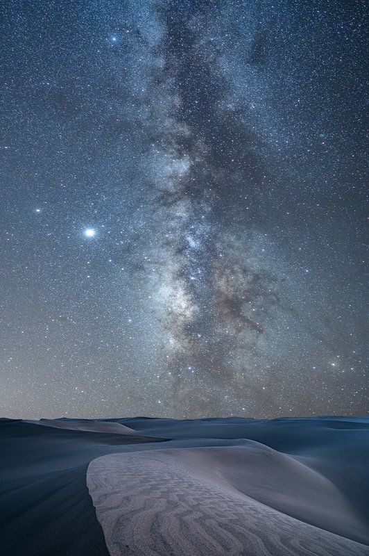 stars,desert,long exposure,milky way,light hunter, starry skyphoto preview