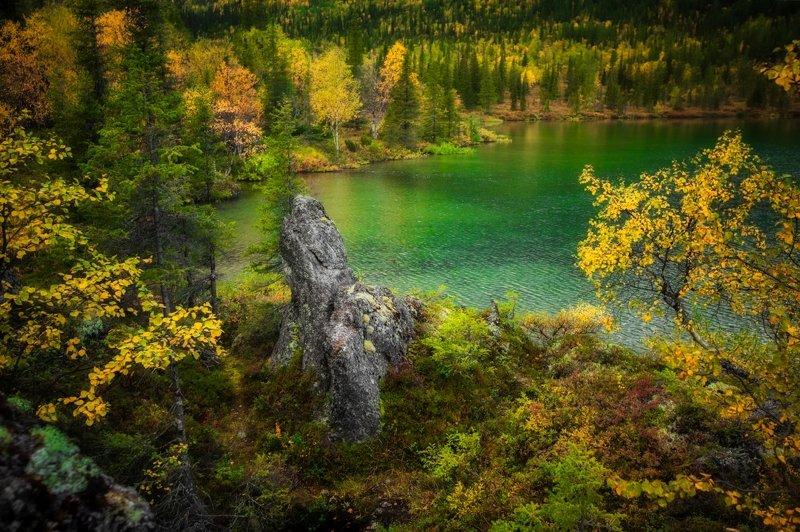 Полигональное озеро