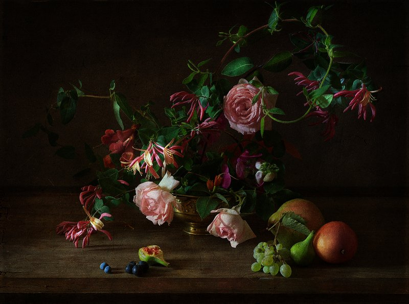 натюрморт .. сентябрьские розы ..photo preview