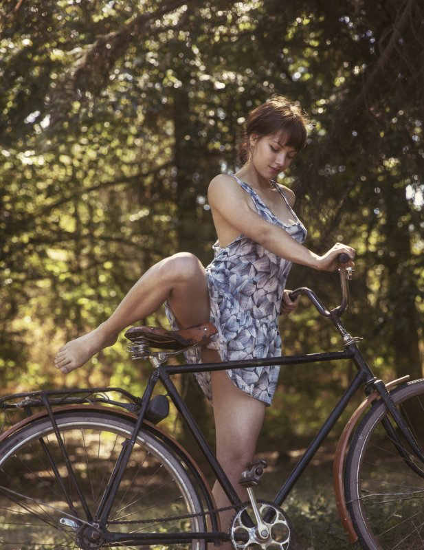 Велосипедисткаphoto preview