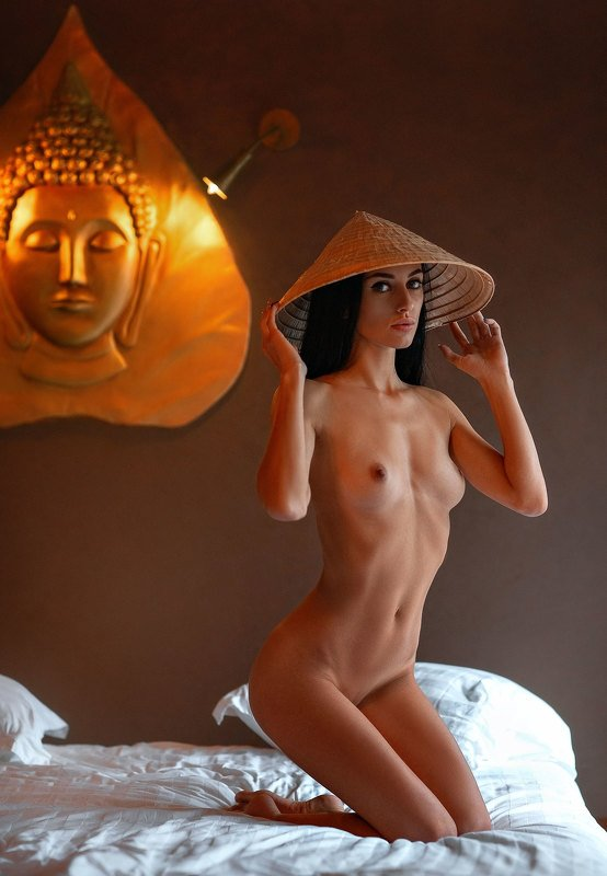 Lady Buddhaphoto preview