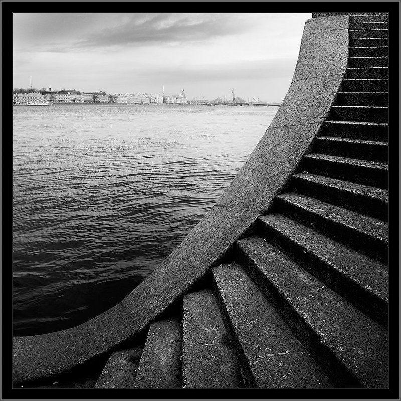 петербург, центр, нева, чб, квадрат Черно-белый питерский суровый квадрат с Невыphoto preview