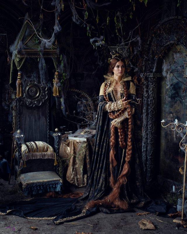 портрет, сказка, постановочное фото, арт, Братья Гримм, фильм, девушка, королева, красиво,студия Зеркальная королеваphoto preview