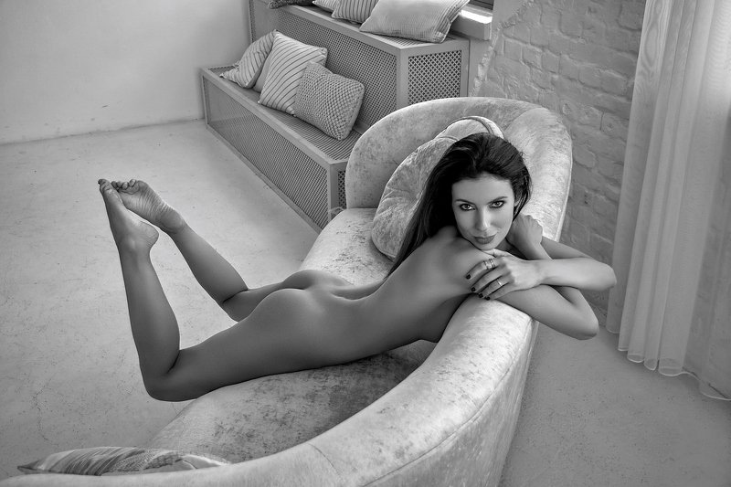 model, fine art, sexy, sensual, black and white, woman, female, body, erotica, glamour, curves, portrait, beautiful, nude, naked, Katephoto preview