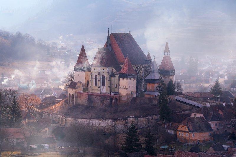 румыния, бьертан, трансильвания, город, архитектура Сквозь векаphoto preview