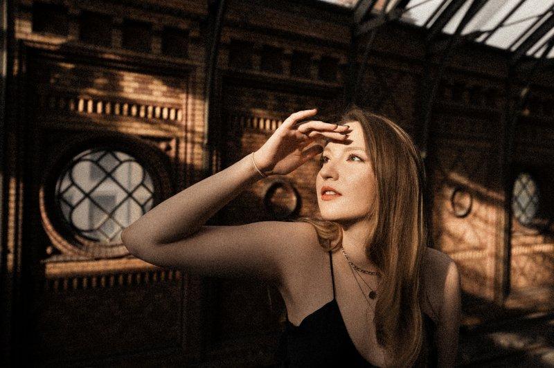 portrait, model, модель, girl, портрет, berlin, берлин, city, dress, sexy photo preview