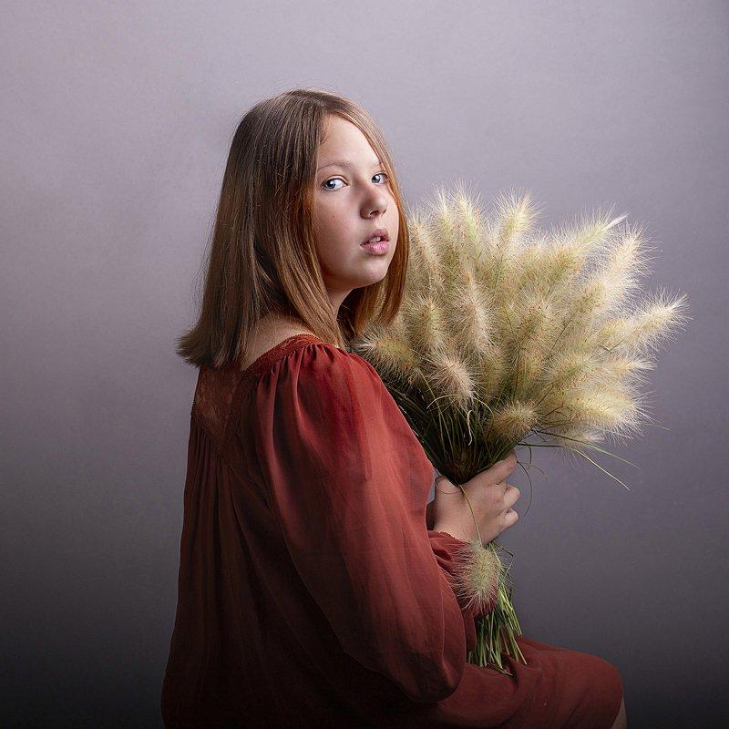 детский портрет, осень, постановка Осенняя траваphoto preview