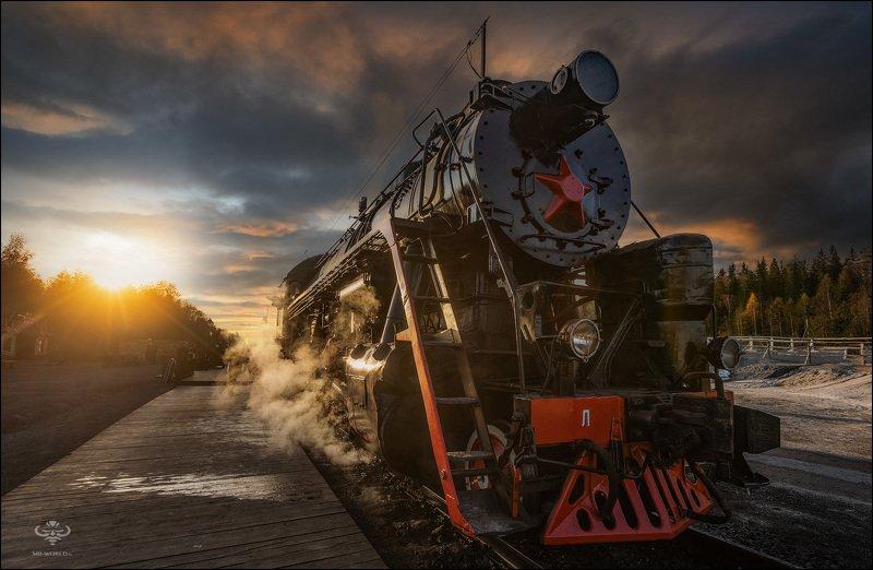 Россия, Карелия, Рускеала, поезд Ретро-поезд «Рускеальский экспресс» в ожидании отправленияphoto preview
