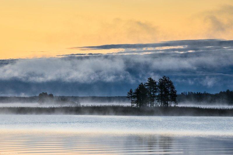 Жарко-холодное утро на Ладогеphoto preview