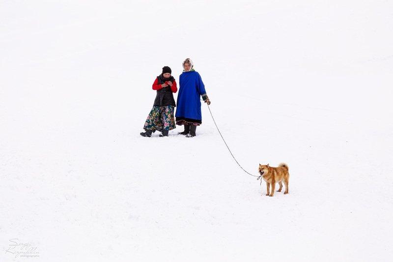 полярный урал, ненцы Две дамы с собачкойphoto preview