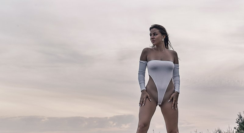 nude, glamour, model, girl, beach, nature, sea, sexy, natural, portrait, people, sunset, photo preview