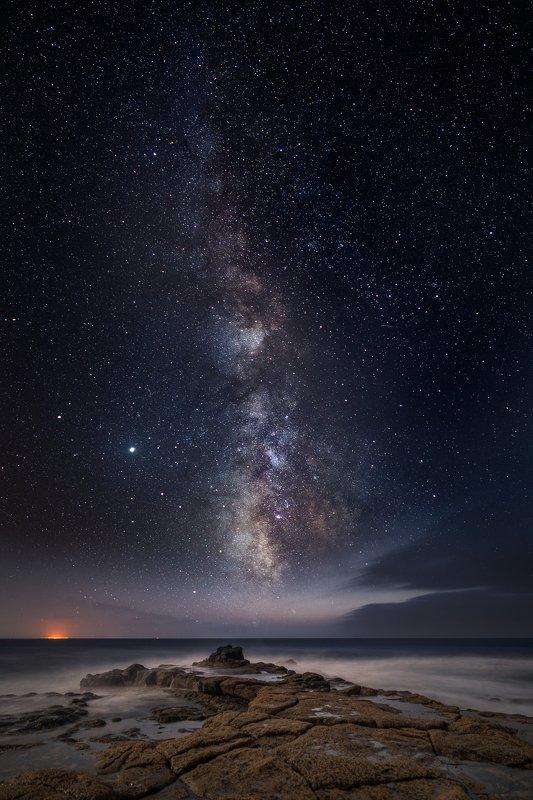 lanzarote,milky way,rock,travel,canary,long exposure night sky in lanzarotephoto preview