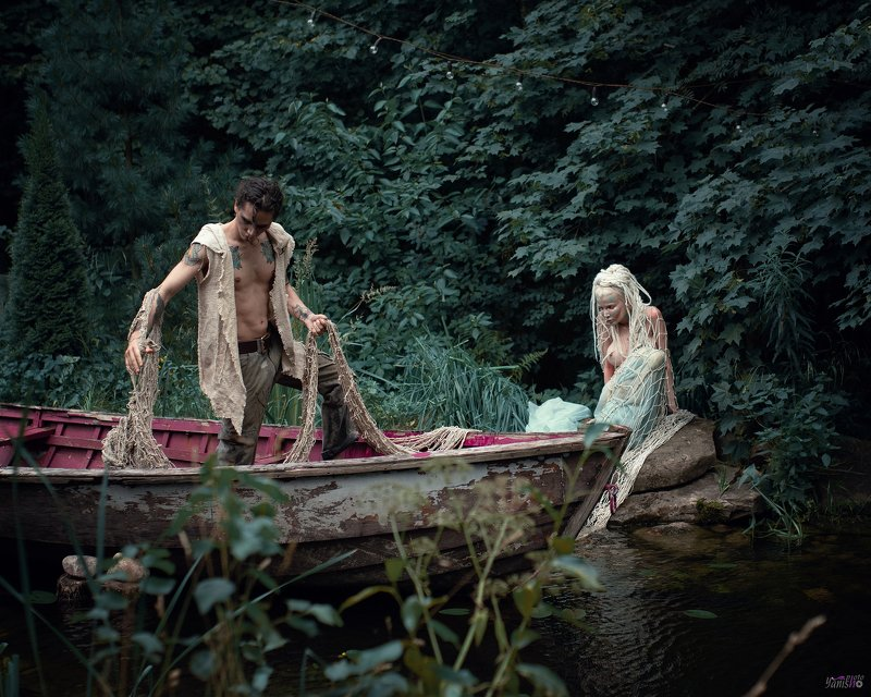 портрет, русалка, фентези, арт, магия, сказка, постановочное фото, девушка, лес, пруд Рыбак и русалкаphoto preview