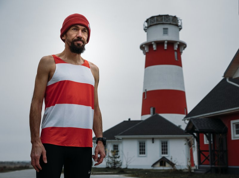 lighthouse,маяк,man,runner,outdoor,sport,shore,sea,gri Lighthouse familyphoto preview