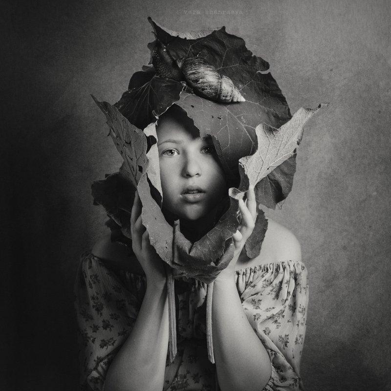 детский портрет, осень, постановка,монохром Репейphoto preview