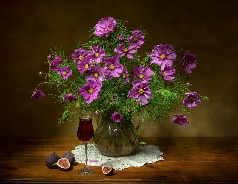 натюрморт, космея, инжир, вино Нежность... фото превью