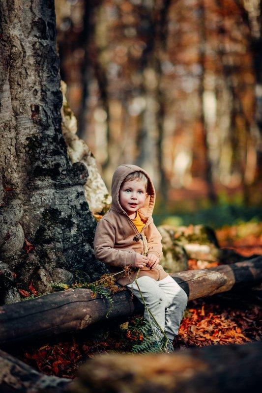 kid,autumn,georgia,tbilisi,nikon,d600,portrait -----photo preview
