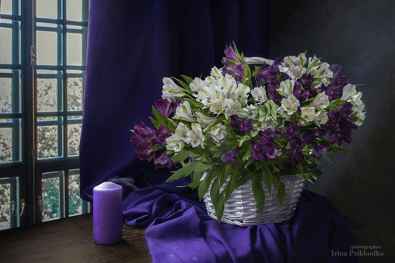 натюрморт, свеча, интерьер, корзина, цветы, букет, альстромерия Свеча погаслаphoto preview