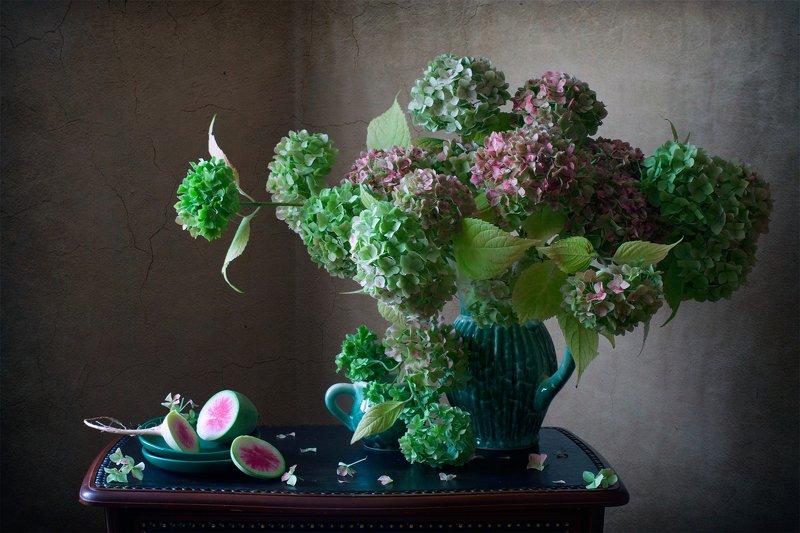 фотонатюрморт, миламиронова, букет, цветы, гортензия, осень, редька, хурма, книга, настроение С гортензией...photo preview