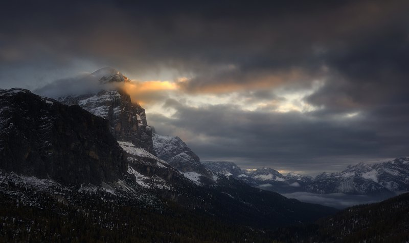 Hell\'s Dolomites...photo preview