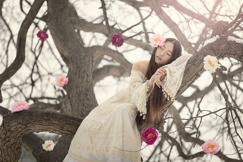#tree #girl #portrait #blossom #flowers #spring #fairy Dream of the fairy of Springphoto preview