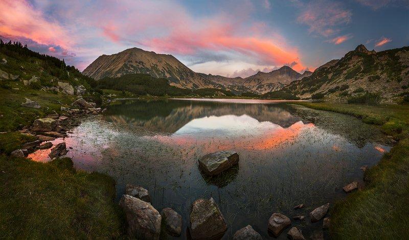 landscape nature scenery summer sunset sunrays sun clouds lakes mountain peak пейзаж закат горы bulgaria Afterglow / Следсвечениеphoto preview