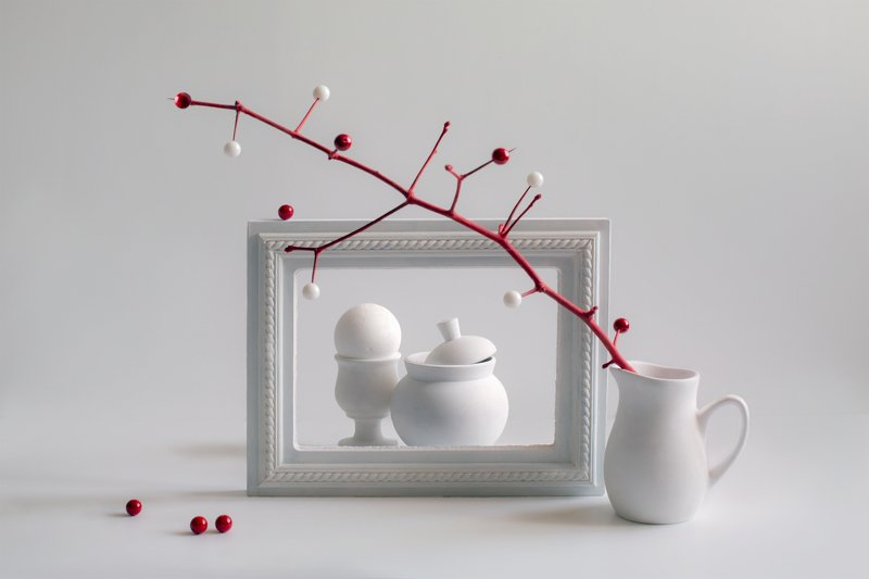 фотонатюрморт, миламиронова, этюд, белое, красное, рамка, ветка Портрет в интерьере...photo preview