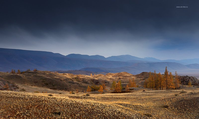 природа, пейзаж, осень, горы, гроза, тучи Накрывает...photo preview