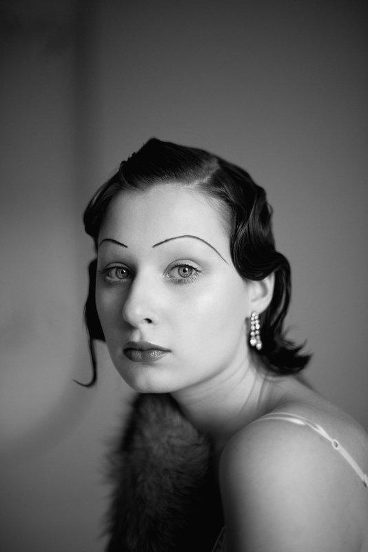 портрет, портретная фотография, женский портрет, естественный свет, студия, фотосессия, стиль, черно-белое, черно-белая фотография, чб Катяphoto preview