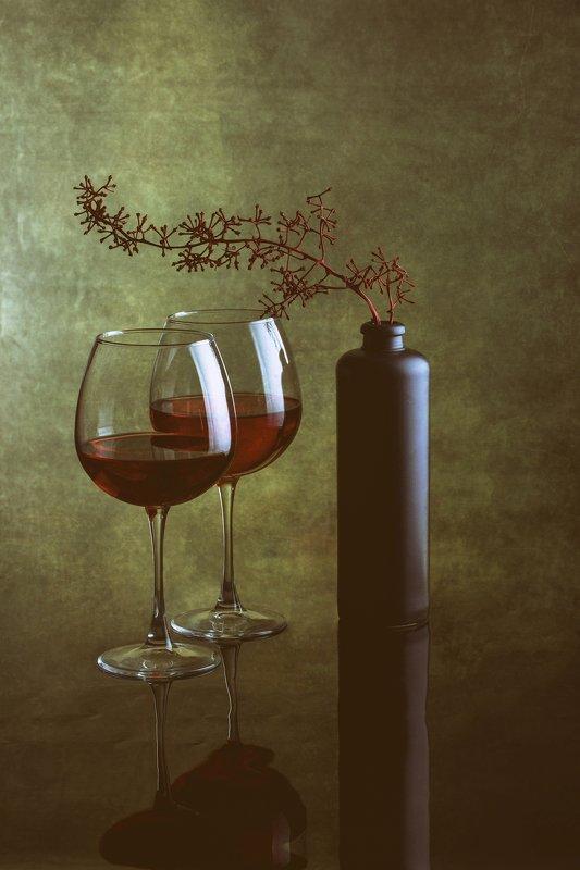 Сухое виноphoto preview