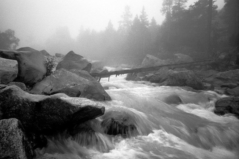 Где реки ворочают камниphoto preview