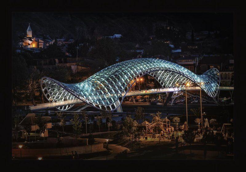 Тбилиси.Мост через Куруphoto preview