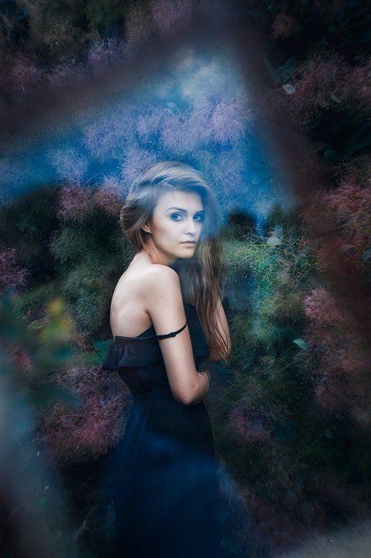 Волосы, Девушка, Зеленый, Отражение, Портрет, Рамка, Стекло Кристинаphoto preview