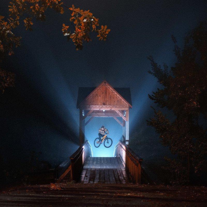 MTB, Mountainbike, Street, Ночь, МТБ, велосипед, трюк, свет, мост Street MTB series: when the city sleepsphoto preview