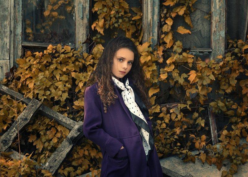 девушка, портрет Кираphoto preview