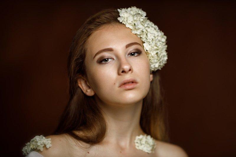 девушка взгляд портрет студия Vasilisaphoto preview