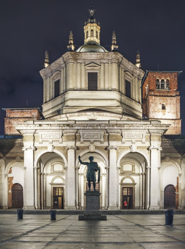 milan, italy, street, mood Colonne san Lorenzophoto preview