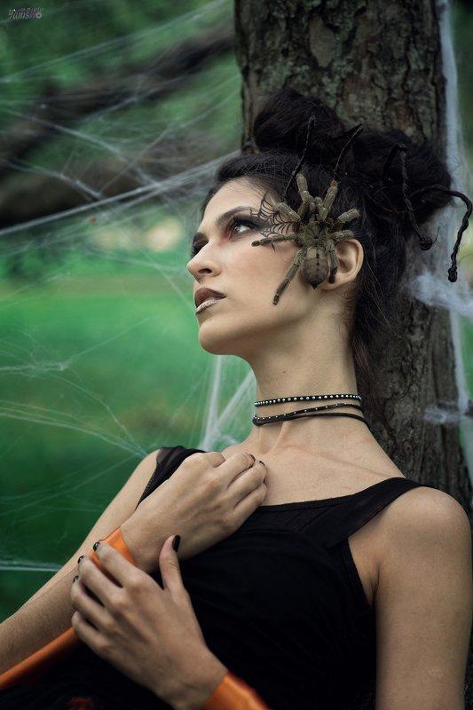 портрет, паук, парк, съемка с пауком, арт photo preview