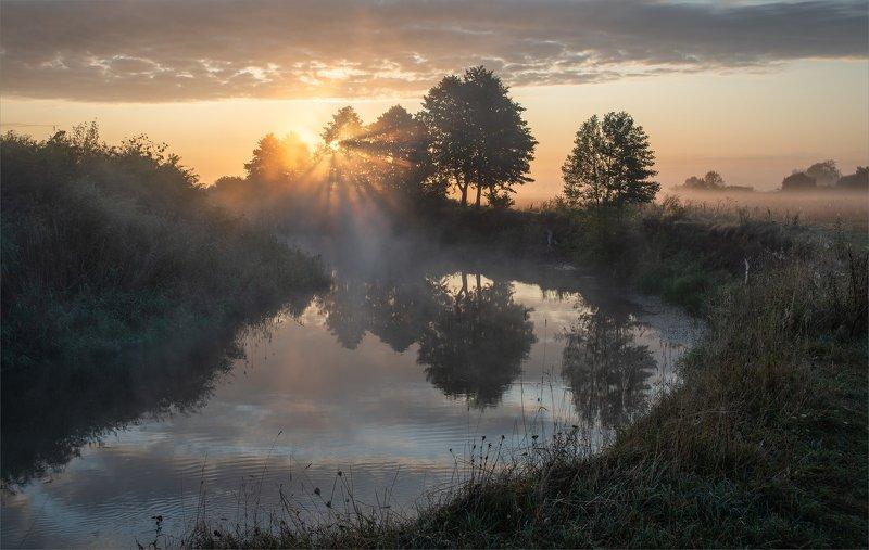 август.туман. на рассвете у Горини...photo preview
