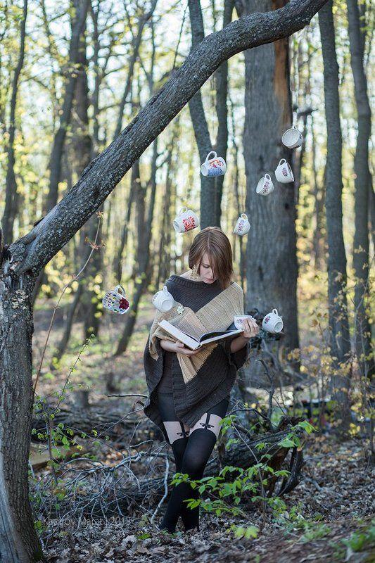 девушка, лес, магия, чашки Каринаphoto preview