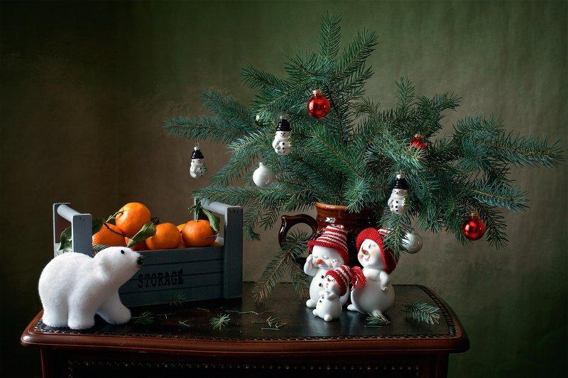 фотонатюрморт, миламиронова, чудеса, новыйгод, ёлка, игрушки, мандарины Про чудеса...под новый год...photo preview