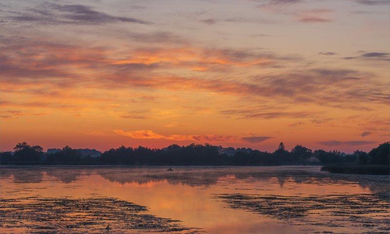 на сельском пруду.рассветphoto preview