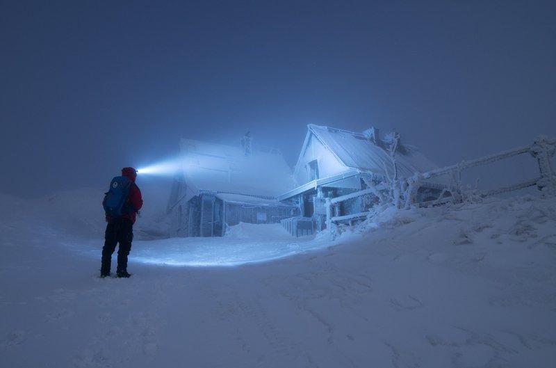 Bieszczady, mountains, night, winter, men, light, snow, frost,  Bieszczady Mountainsphoto preview