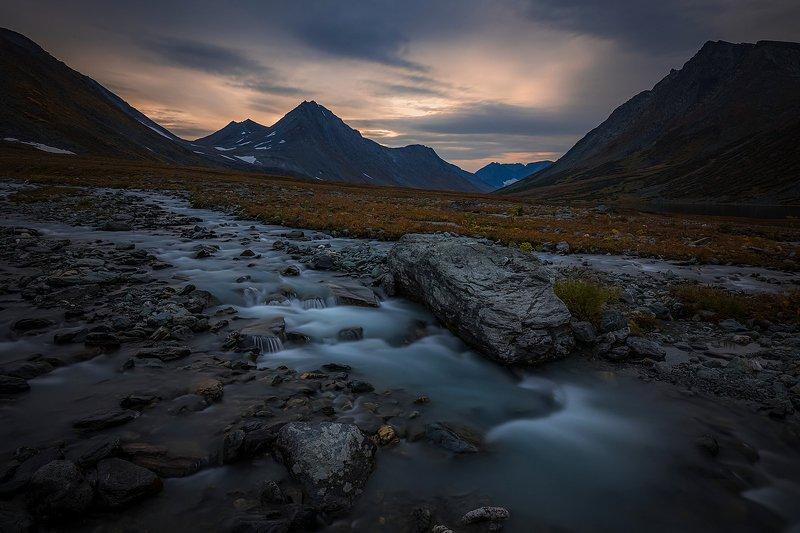полярный урал, ямал, арктика, тундра, хадата, хадатаюганлор Драма на ручьеphoto preview