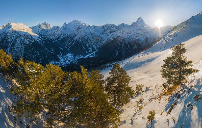 гора, кавказ, кавказские горы, домбай, горное, зимнее, зима, снег, снежное, лес, сосна, сосновый, белалакая, тебердинский государственный природный биосферный заповедник,, вершина, Зимний Домбайphoto preview