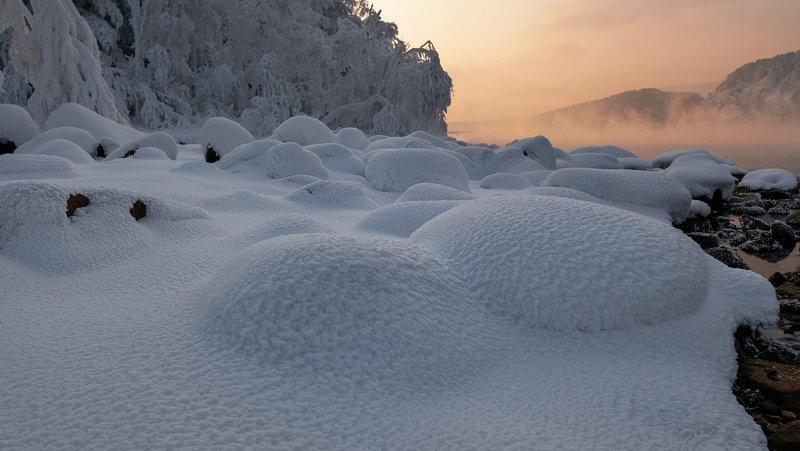 енисей, мороз, закат, берег. Снежные ёжики.photo preview