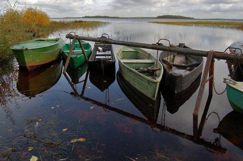 лодки, озеро, вода На привязиphoto preview
